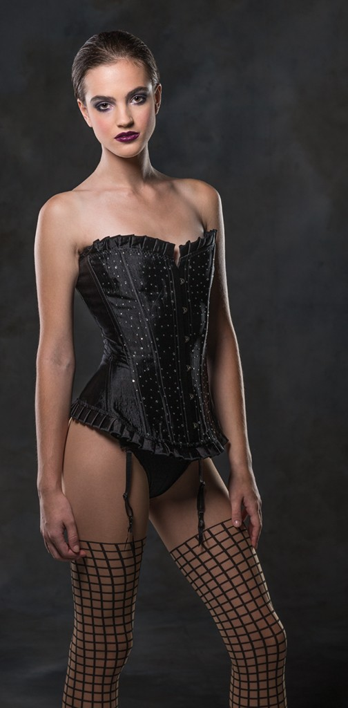 2843-0400 -Corset_by _Kevin_Ames