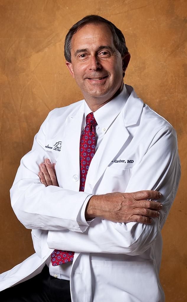 2523-Alan Gardner Dermatology